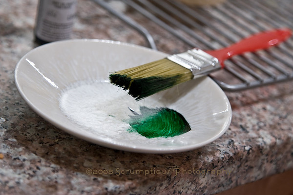 food coloring paintbrush