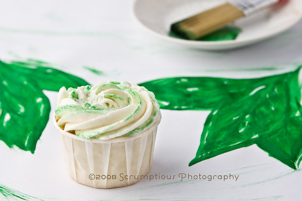 cupcake with painted basil background